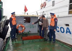 Nhức nhối nạn buôn lậu xăng dầu đường thủy vớ...